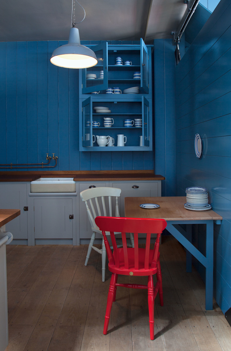 N1 Kitchen by British Standard by British Standard by Plain English Country Wood Wood effect