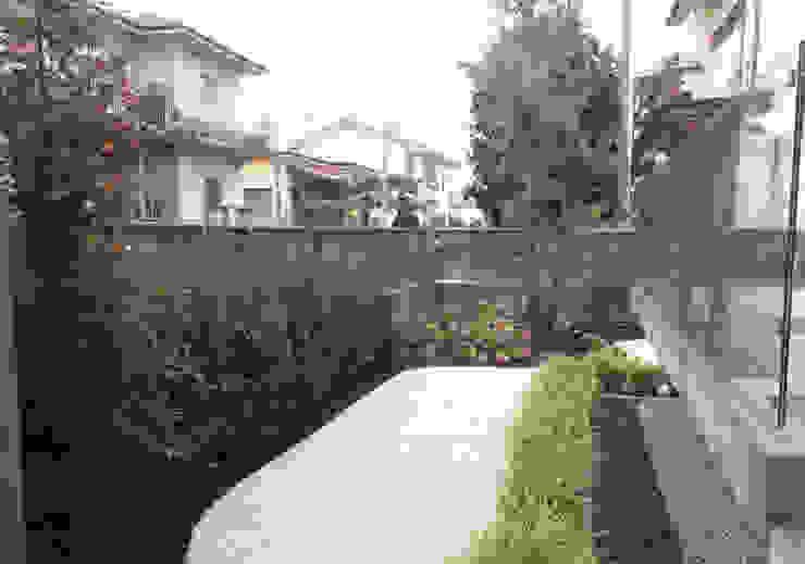 Сады в . Автор – Lugo - Architettura del Paesaggio e Progettazione Giardini, Модерн