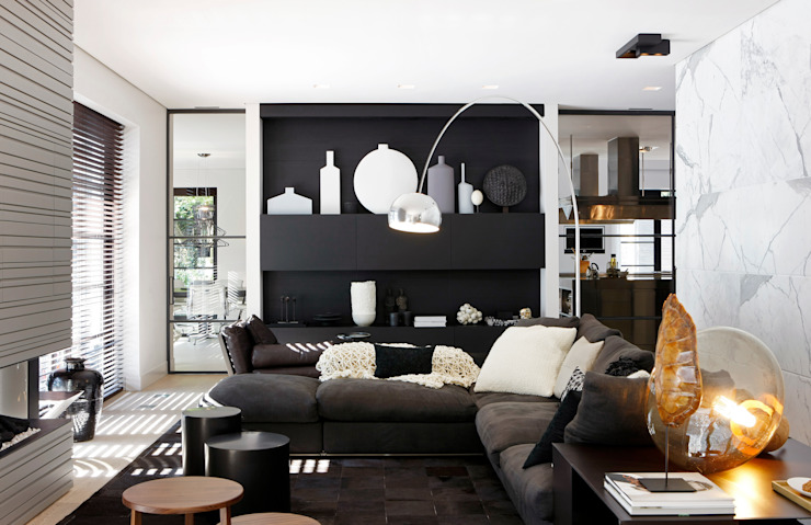 Modern living room by Grand & Johnson Modern