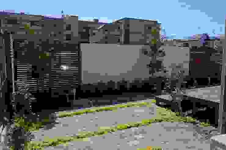 主庭「メインガーデン」 埼玉県吉川市 オリジナルな 庭 の NOD GARDEN オリジナル