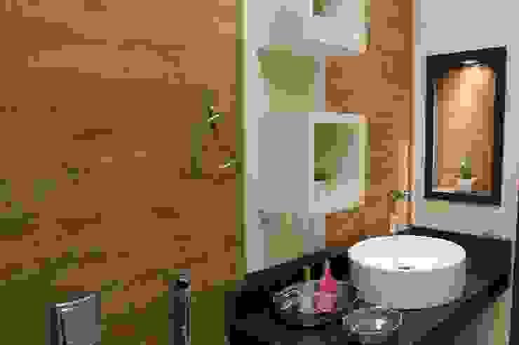 Rustic style bathroom by Arquiteta Bianca Monteiro Rustic Ceramic