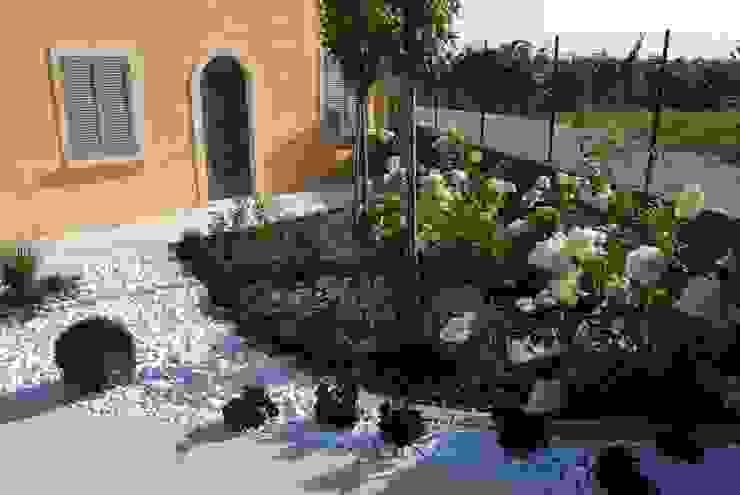 Jardins modernos por Lugo - Architettura del Paesaggio e Progettazione Giardini Moderno