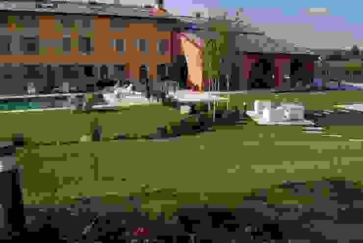 CORTE DEL PAGGIO Giardino moderno di Lugo - Architettura del Paesaggio e Progettazione Giardini Moderno