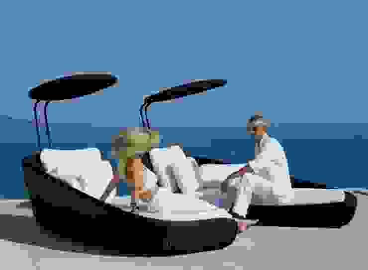 Mobiliário de exterior Outdoor furniture www.intense-mobiliario.com Chaiselong Hannavas http://intense-mobiliario.com/product.php?id_product=10992 por Intense mobiliário e interiores; Moderno