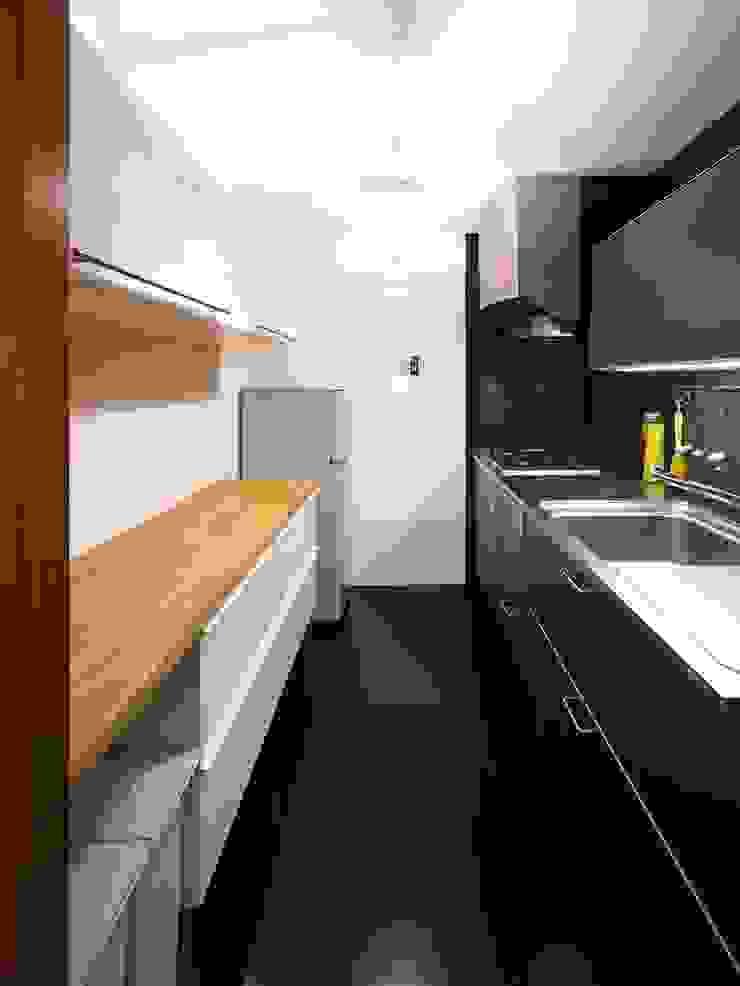 6th studio / 一級建築士事務所 スタジオロク Modern Kitchen