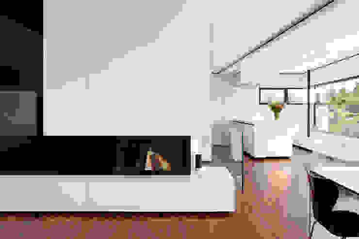 Moderne keukens van LEE+MIR Modern