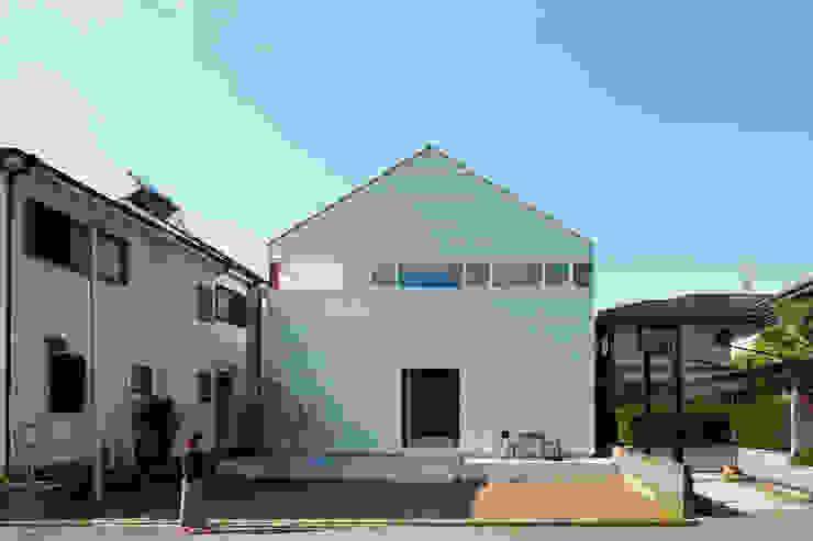 Minimalist house by 小泉設計室 Minimalist