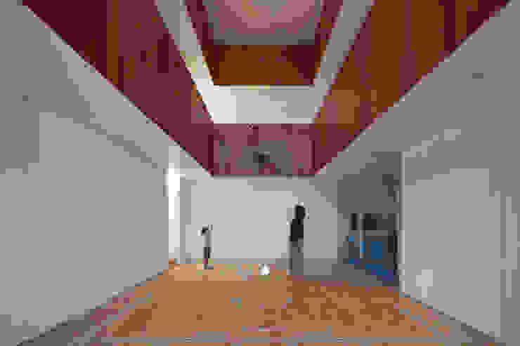 Тренажерные комнаты в . Автор – 小泉設計室, Минимализм