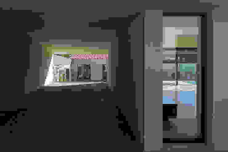 Casa Azevedo Coutinho Garagens e arrecadações modernas por Diana Vieira da Silva Arquitectura e Design Moderno