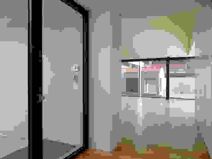 Casa Azevedo Coutinho Corredores, halls e escadas modernos por Diana Vieira da Silva Arquitectura e Design Moderno