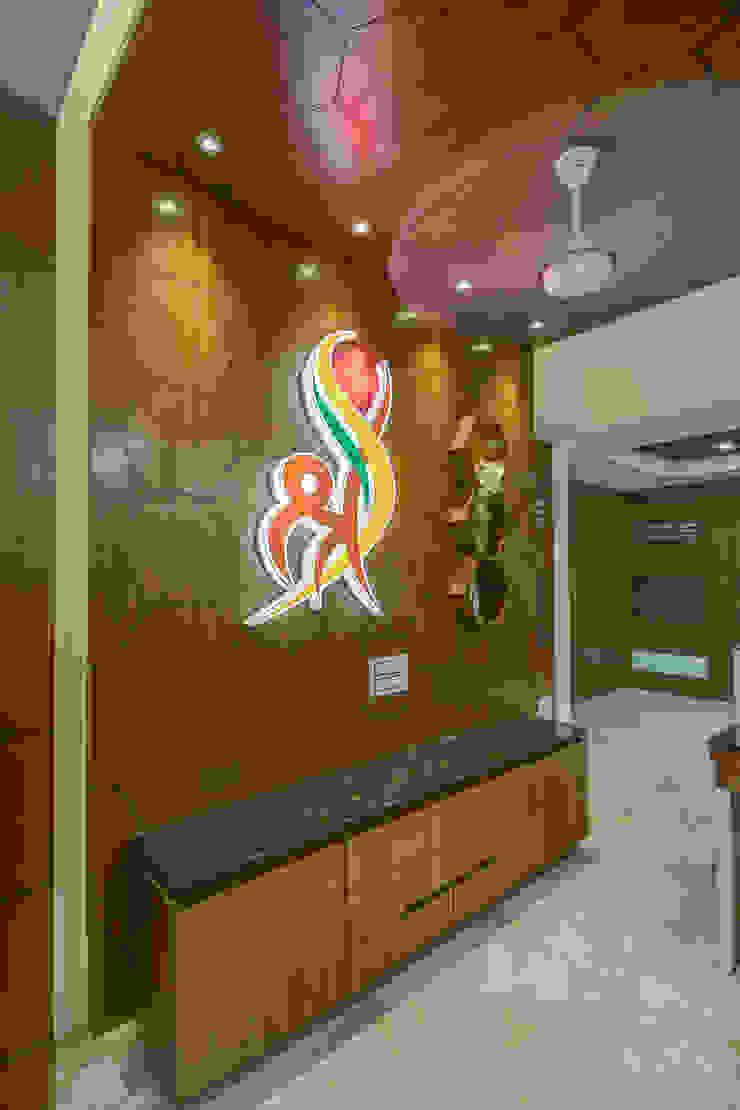 SHRADDHA HOSPITAL Modern hospitals by INCEPT DESIGN SERVICES Modern
