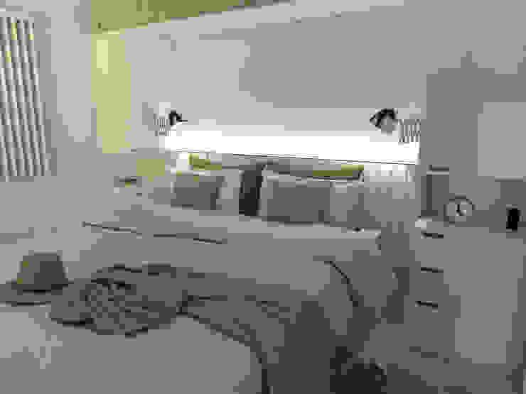 Dormitorio principal. Línea SoHo1 de campos complementarios Moderno Derivados de madera Transparente