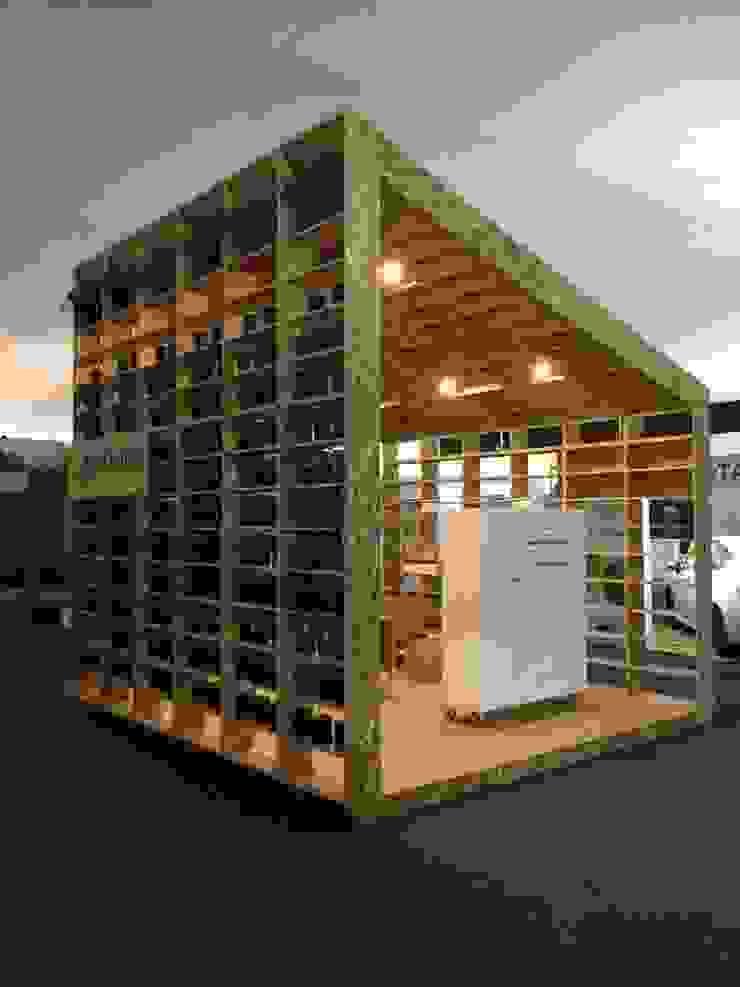 Allestimenti fieristici moderni di NIKOLAS BRICEÑO arquitecto Moderno
