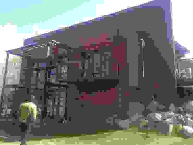 HECHO EN LA MONTAÑA Casas rurales de sm arquitectura Rural
