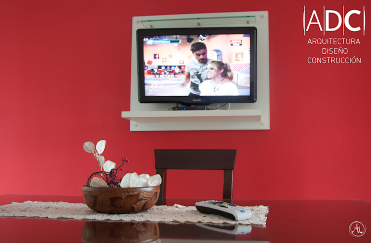 Mueble de TV de DIAZ GUERRA ESTUDIO Moderno