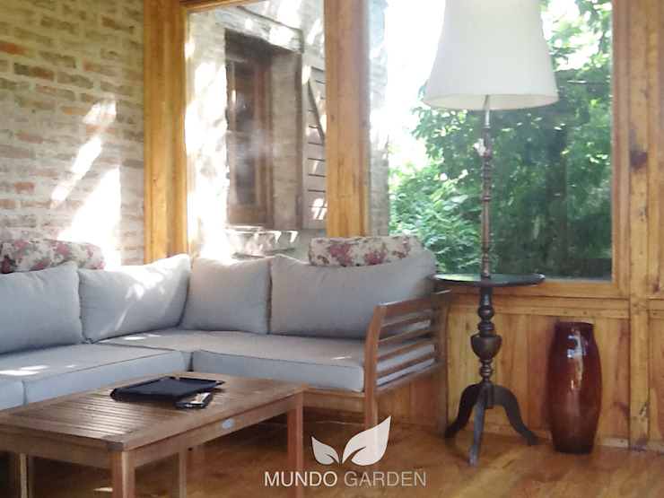 JARDÍN DE INVIERNO / LIVING EXTERIOR Jardines de invierno minimalistas de Mundo Garden Minimalista