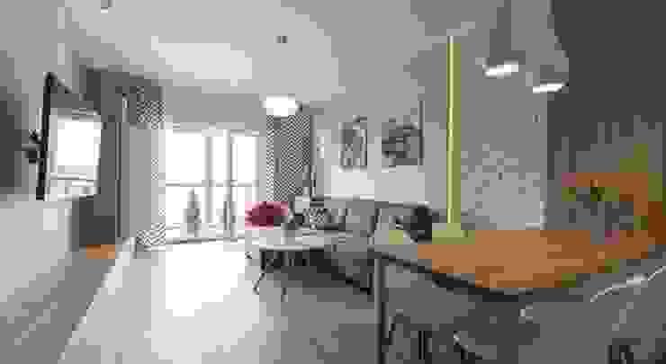 Nowoczesne mieszkanie w jasnych kolorach Nowoczesny salon od Inspiration Studio Nowoczesny