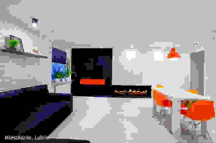 Salas / recibidores de estilo  por Auraprojekt