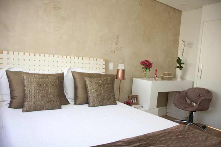 Modern style bedroom by Liliana Zenaro Interiores Modern