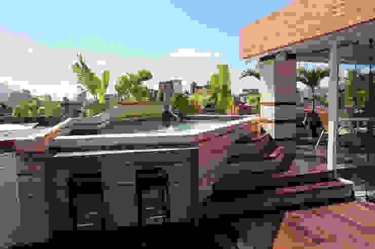 Arq Renny Molina Modern pool