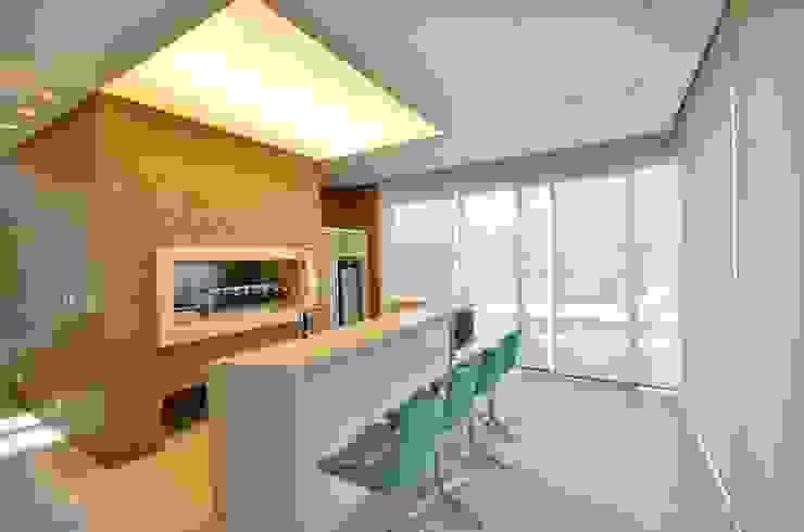 Cocinas modernas de Biazus Arquitetura e Design Moderno