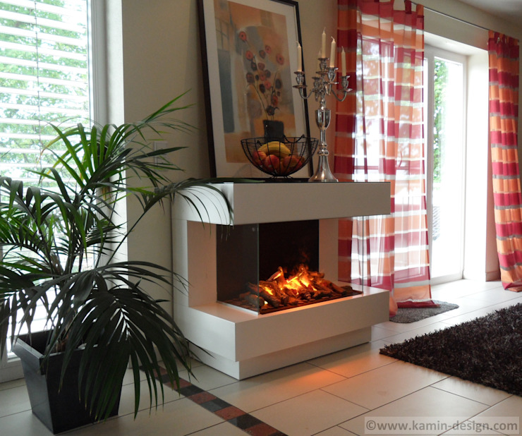 Kamin-Design GmbH & Co KG Living roomFireplaces & accessories MDF White
