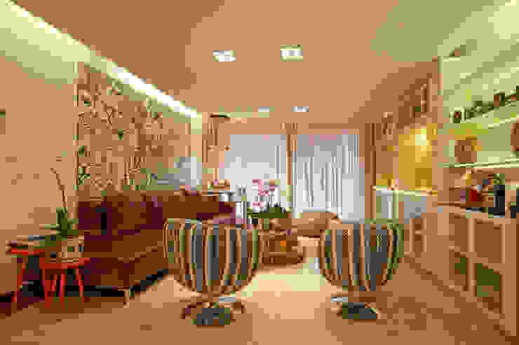 Estar íntimo Salas de estar clássicas por Jacqueline Ortega Design de Ambientes Clássico
