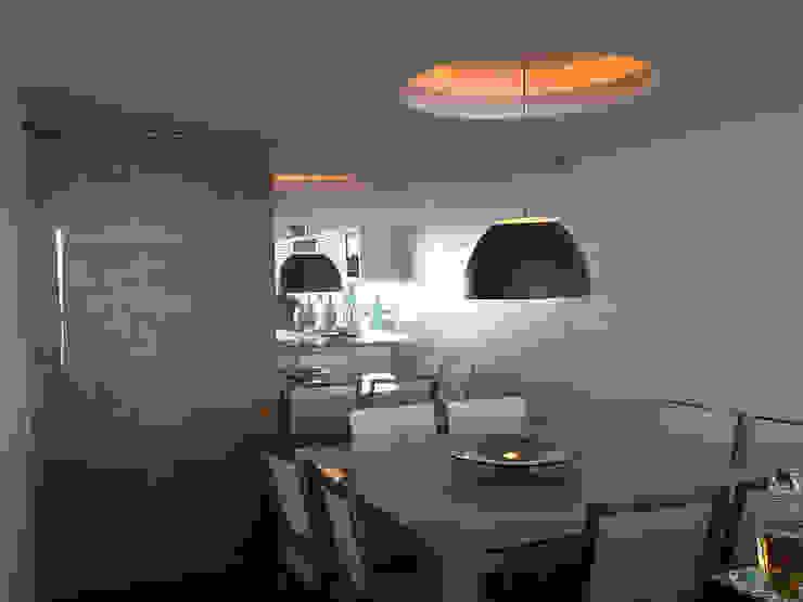 Modern dining room by GEA Arquitetura Modern