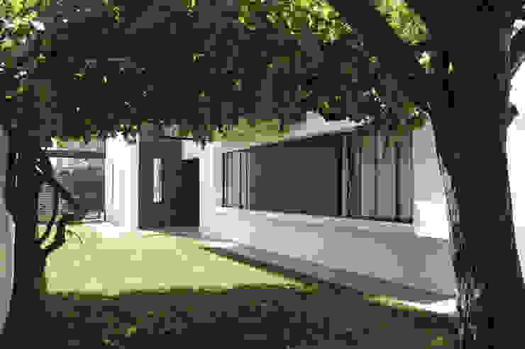 Casa Limonares Landeros y Charles Arquitectos, Chile Casas de estilo moderno de Landeros & Charles Architects Moderno