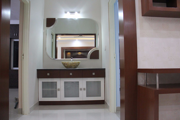 Bhubana Green Apartment , Bangalore: classic  by Uniheights Interio PVT LTD,Classic
