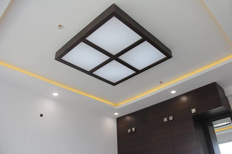 SNNRajLakeViewCeiling: classic  by Uniheights Interio PVT LTD,Classic