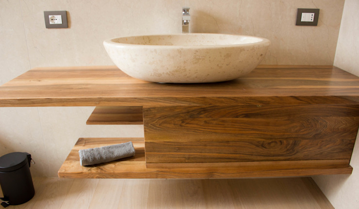 Modern bathroom by Quintarelli Pietre e Marmi Srl Modern Marble