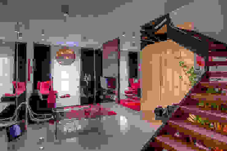 Residência Alto da XV VL Arquitetura e Interiores Salas de estar modernas Vermelho