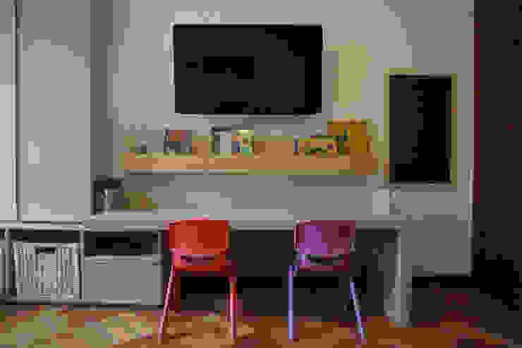 KRAUSE CHAVARRI Nursery/kid's roomDesks & chairs