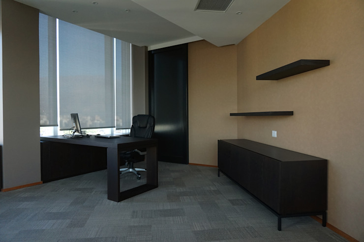 Oficina de KRAUSE CHAVARRI Moderno