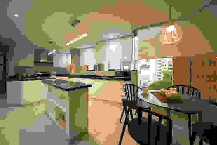 Cocinas de estilo  por Oneto/Sousa Arquitectura Interior, Ecléctico