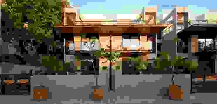 Ahaan Villa - Ahmedabad:  Houses by OPENIDEAS