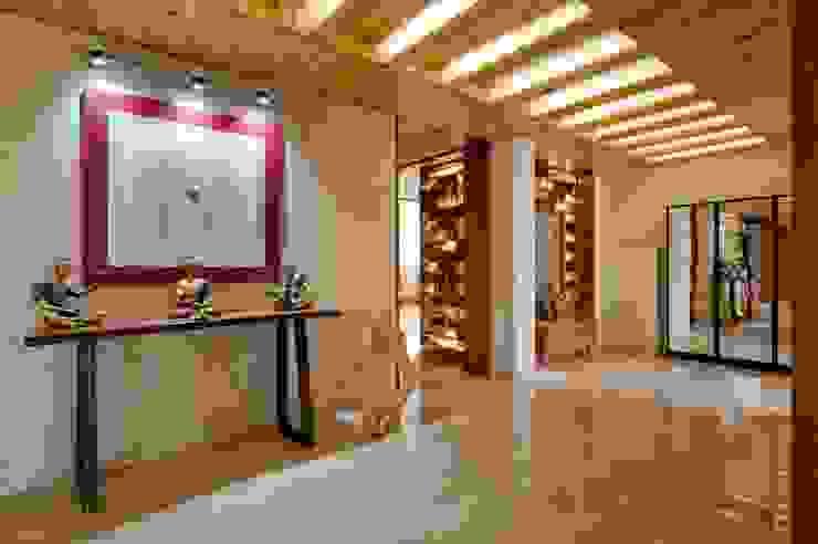 Ahaan Villa—Ahmedabad OPENIDEAS Modern corridor, hallway & stairs
