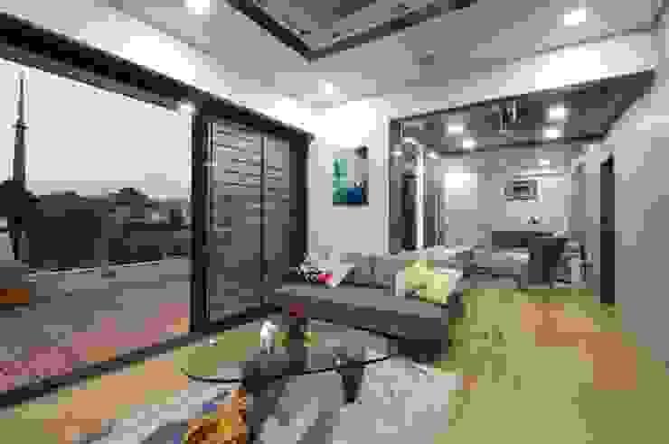Ahaan Villa—Ahmedabad OPENIDEAS Modern style bedroom