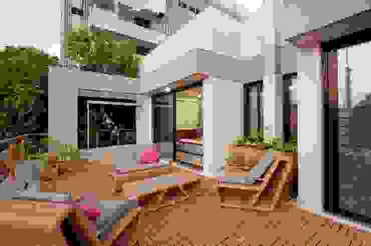 OPENIDEAS Balcone, Veranda & Terrazza in stile moderno