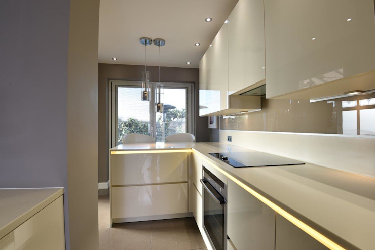 Mark's Kitchen Cocinas de estilo moderno de Diane Berry Kitchens Moderno