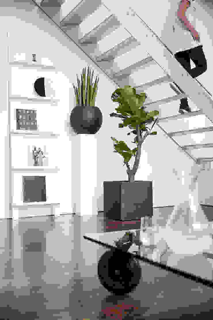 Capi Tutch - Pot vierkant en Bolvaas Zwart: modern  door Capi Europe, Modern Houtcomposiet