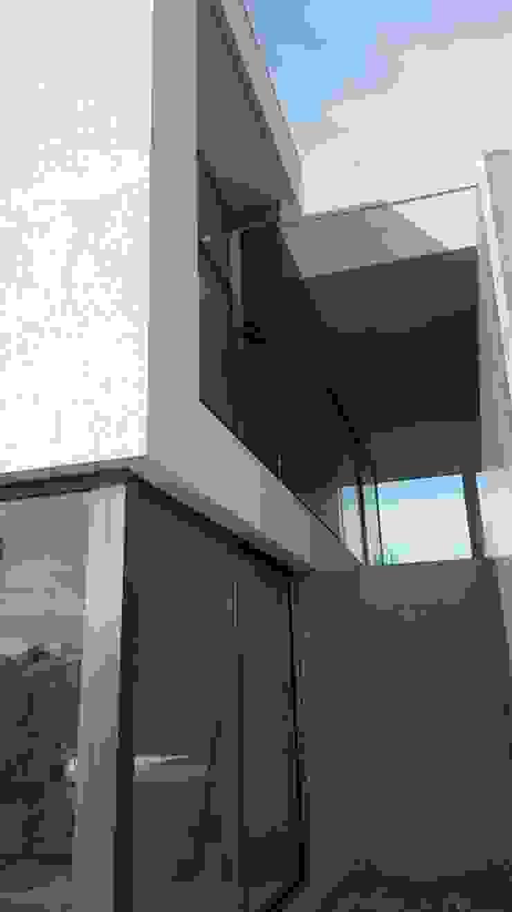 Casa de Molares Casas minimalistas por Hugo Pereira Arquitetos Minimalista