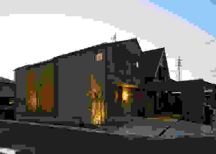 Nhà theo LIC・山本建築設計事務所,