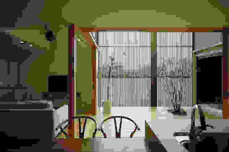 Comedores de estilo  por LIC・山本建築設計事務所, Moderno
