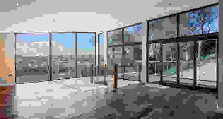 Mallards View, Devon Nowoczesny salon od Trewin Design Architects Nowoczesny