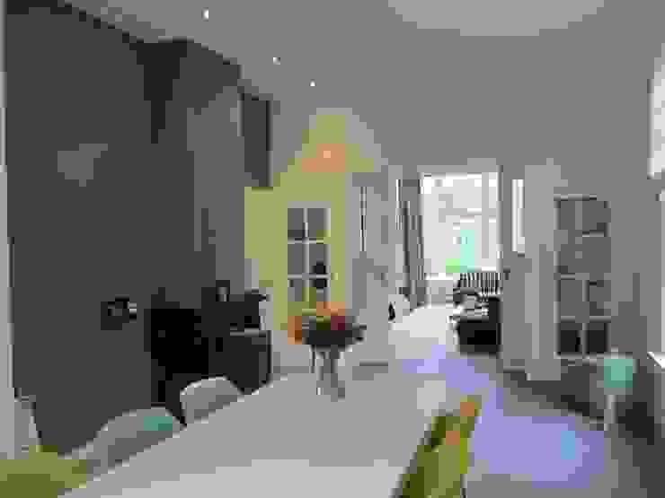 Oude details kamer en suite.: modern  door ARX-interieur, Modern
