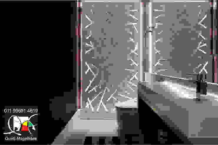 Lavabo Banheiros modernos por Queiti Magalhães Arquitetura e Decorações Moderno