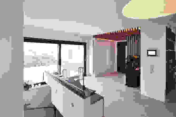 Flur Moderner Flur, Diele & Treppenhaus von Pakula & Fischer Architekten GmnH Modern