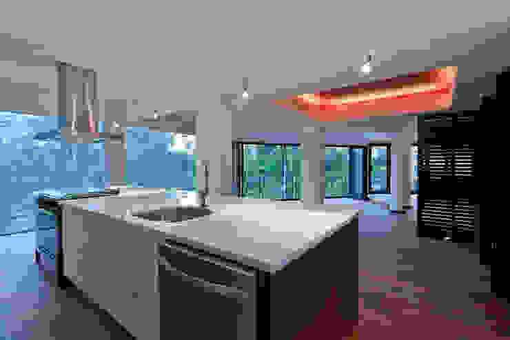 Isla de cocina Cocinas eclécticas de All Arquitectura Ecléctico